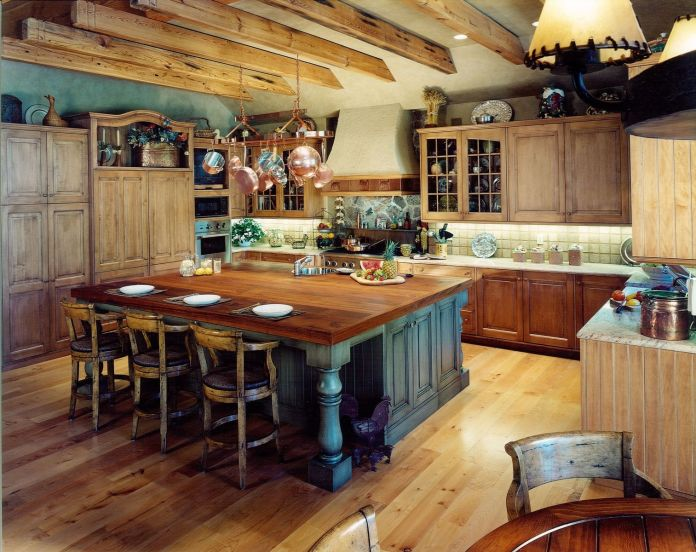 Rustic-Kitchen-Cabinets-Furnished-with-Hanging-Pot-Rack