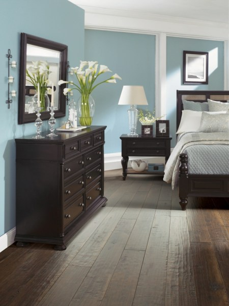 dark wood bedroom 25 Dark Wood Bedroom Furniture Decorating Ideas