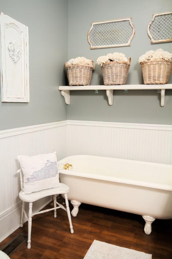 Farmhouse Bathroom Shelf Ideas