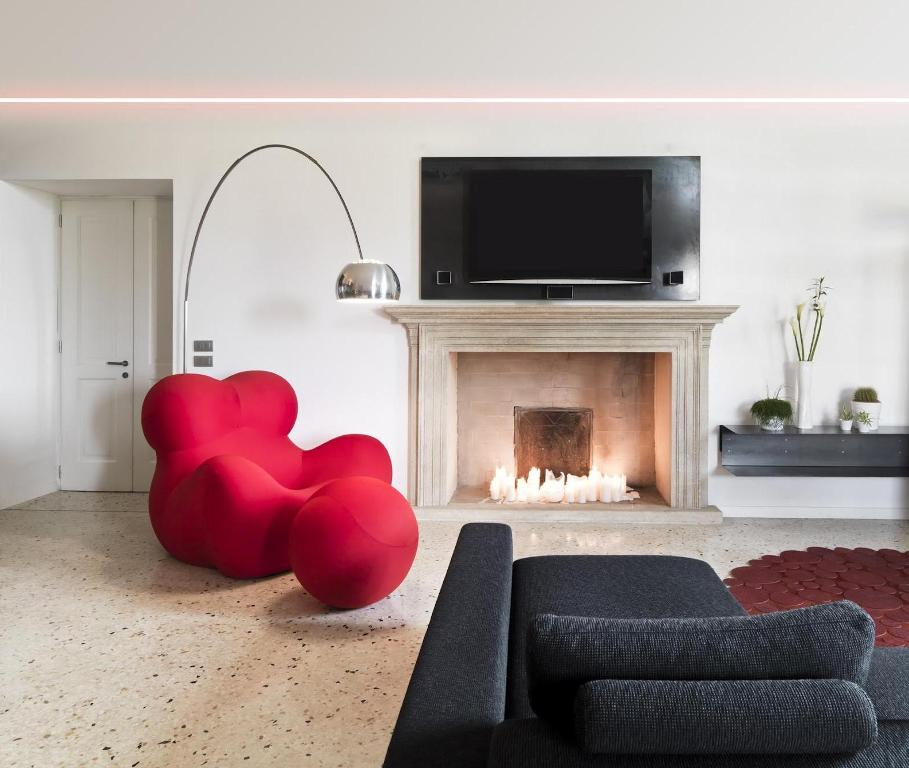 25 Contemporary Interior Designs Filled With Colorful ...