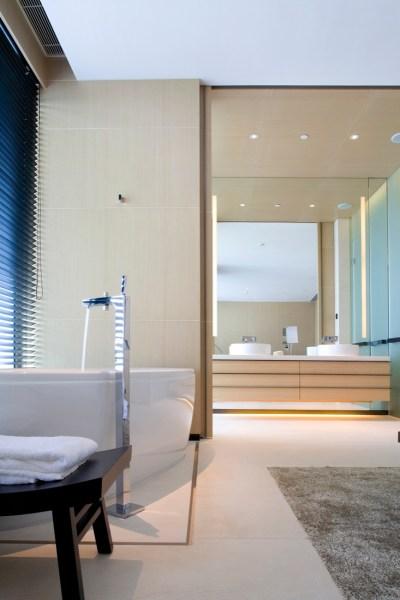 interior designer bathrooms 25 Small But Luxury Bathroom Design Ideas