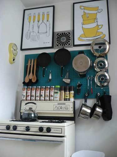 small-kitchen-storage-ideas-01