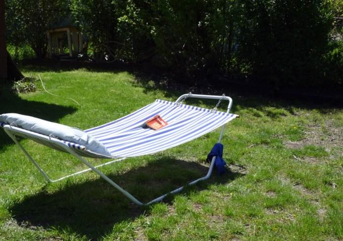 Backyard hammock Swing
