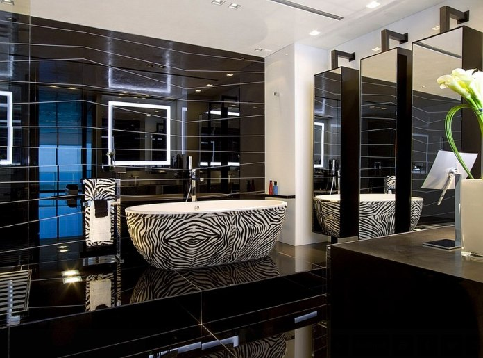 Luxurious-master-bathroom-with-a-bathtub-in-zebra-stripes