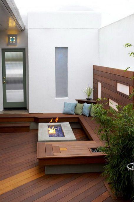 Modern-Garden-Patio-Fence-Exterior-Design