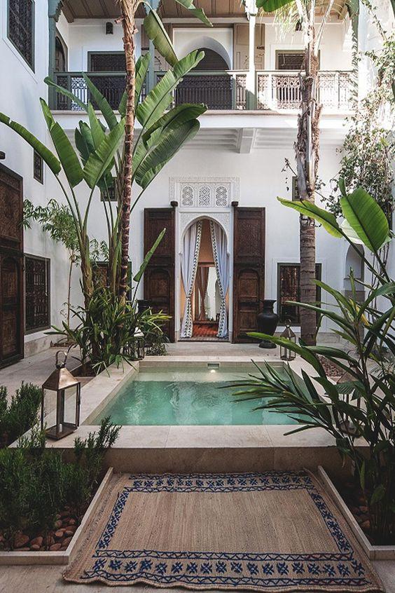 Moroccan beach style exterior of garden