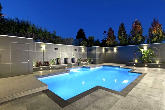 contemporary-best-backyard-swimming-pool-designs-in-glamorous-light