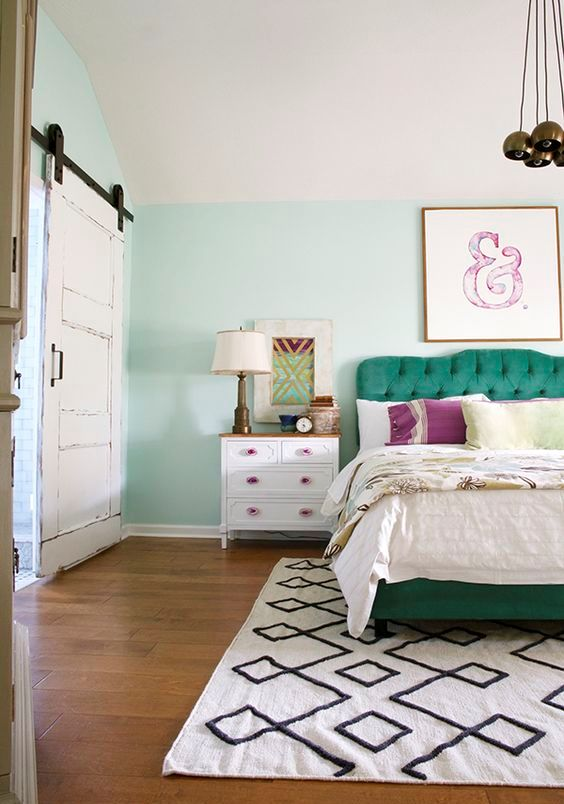 Beautifully Decorated Master Bedroom Designs (14)