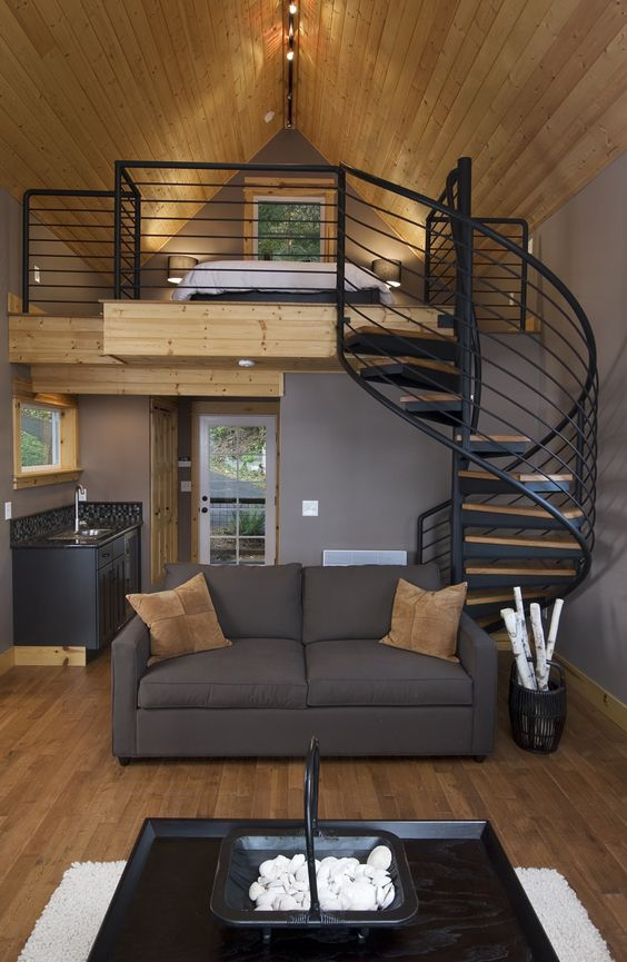 Loft bedroom with pine wood ceilings with staircase and functionalities