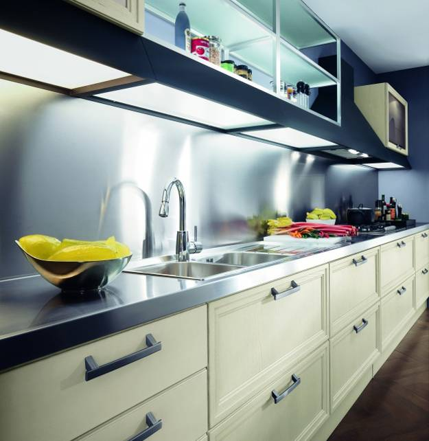 contemporary-kitchen-design-ideas-stainless-steel-countertops