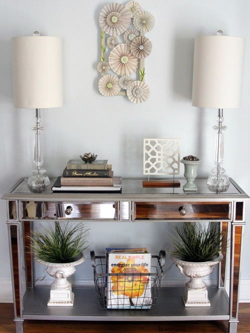eclectic-entry-decor