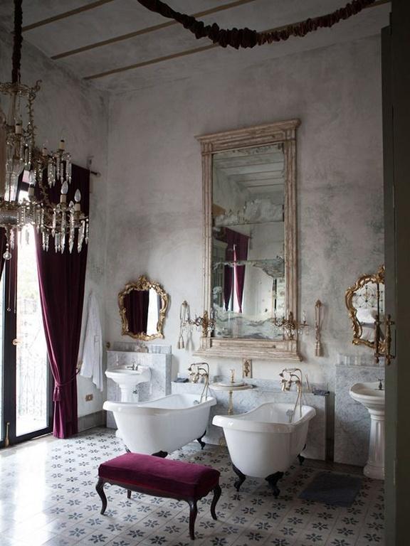 mediterranean-master-bathroom-with-clawfoot-tub