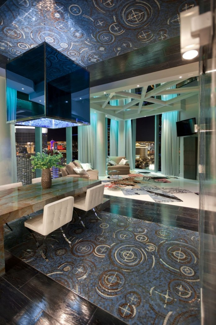 Innovative City Center Penthouse Design