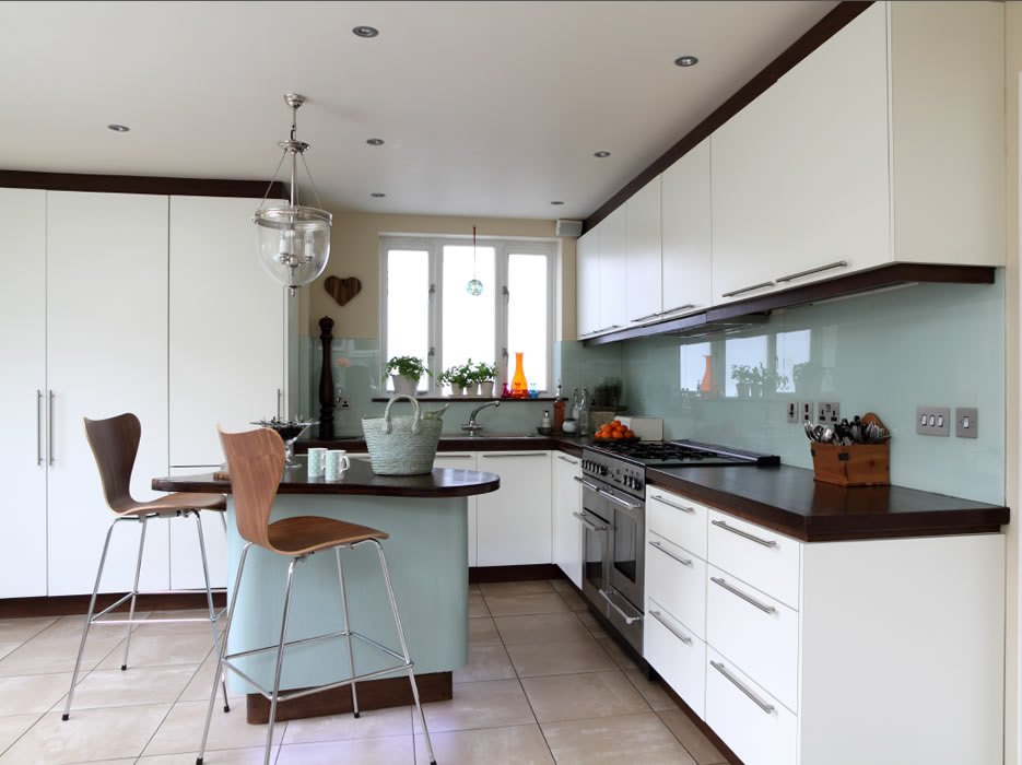 contemporary-kitchen-design-all-white