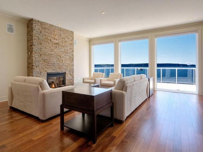Small Living Rooms With Hardwood Floors