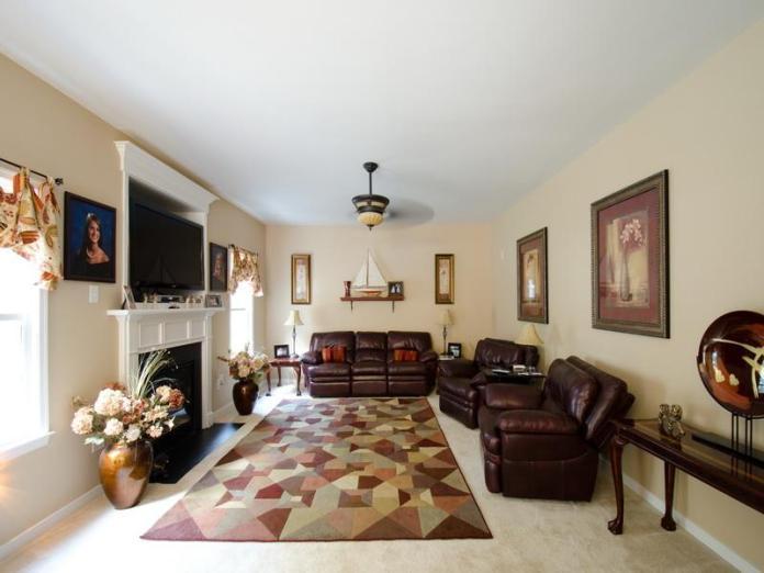 Living Room Furniture Arrangement Ideas (10)
