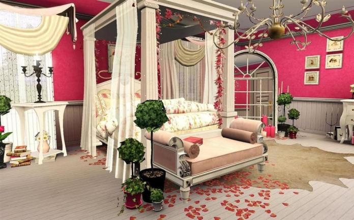 Romantic Bedroom With Canopy Bed