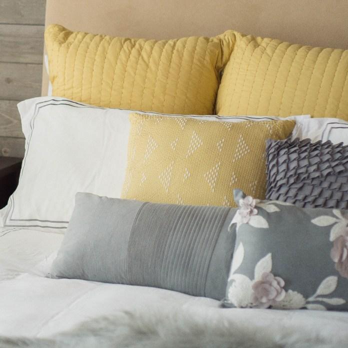 Contemporary Bedroom6