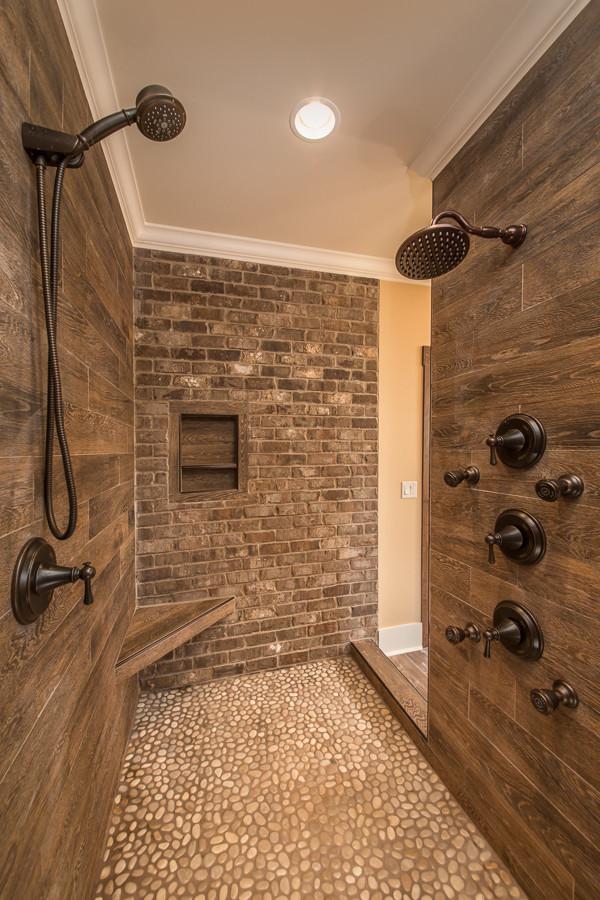 craftsman-bathroom-walk-in-shower