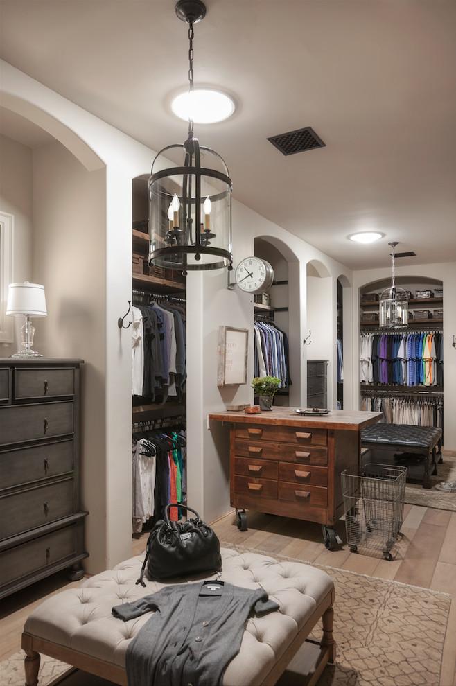 farmhouse-closet-design