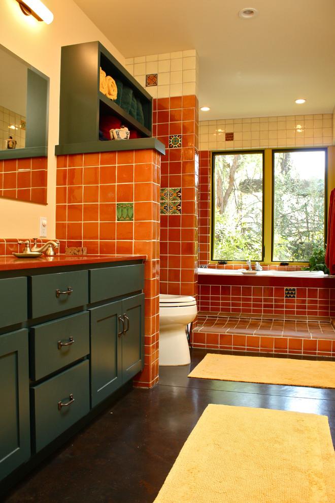 southwestern-bathroom-walk-in-shower