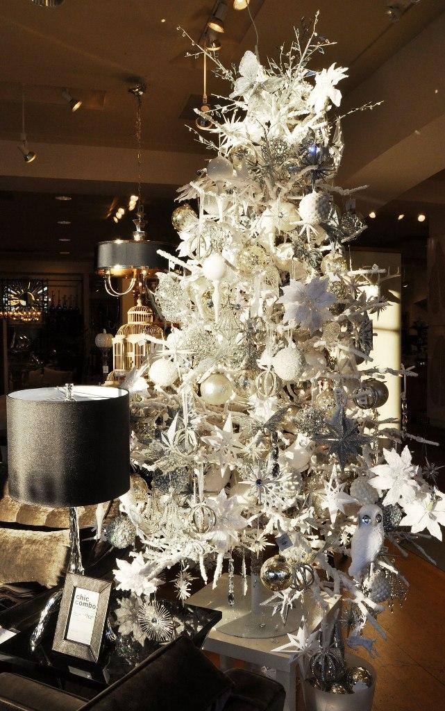 awesome-christmas-tree-decorating-ideas-20