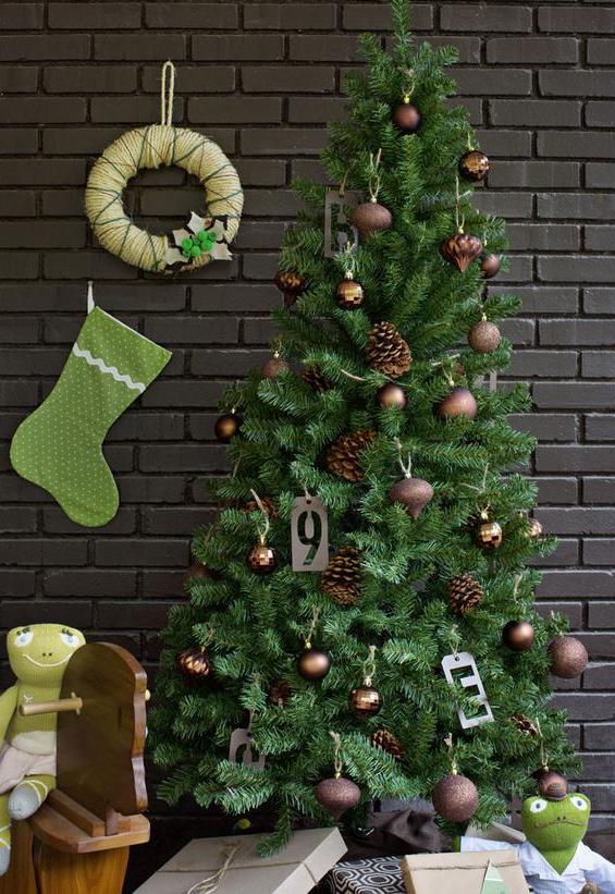 awesome-christmas-tree-decorating-ideas-3