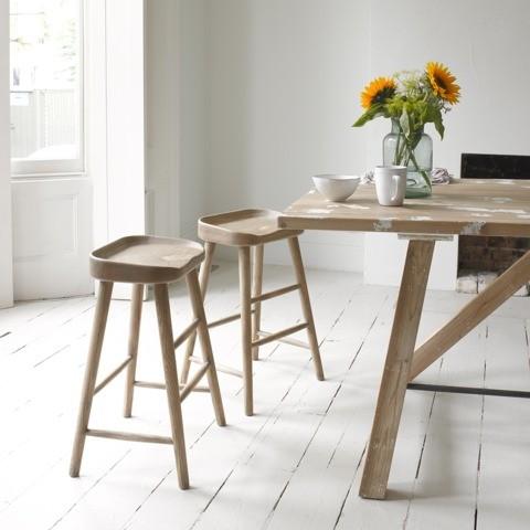 farmhouse-solid-oak-kitchen-stools