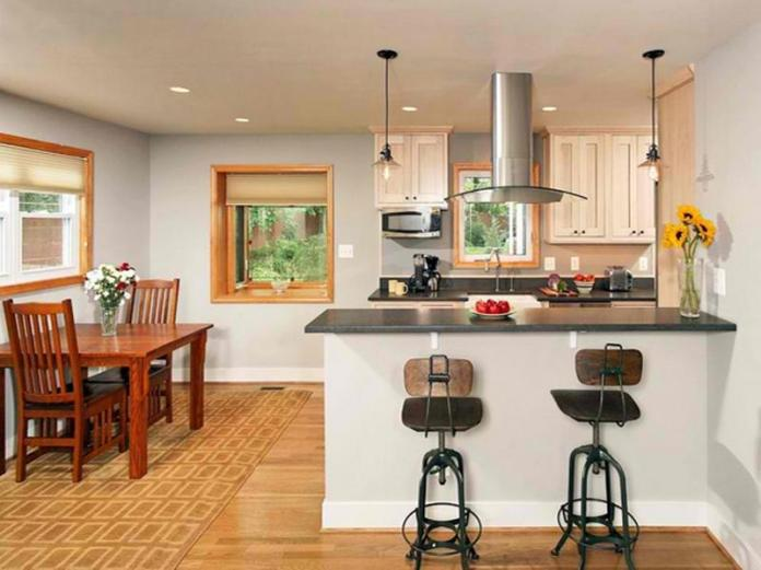 industrial-iron-and-wood-kitchen-bar-stools