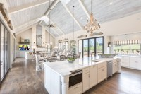 Farmhouse Style Home In Lakeway City Texas