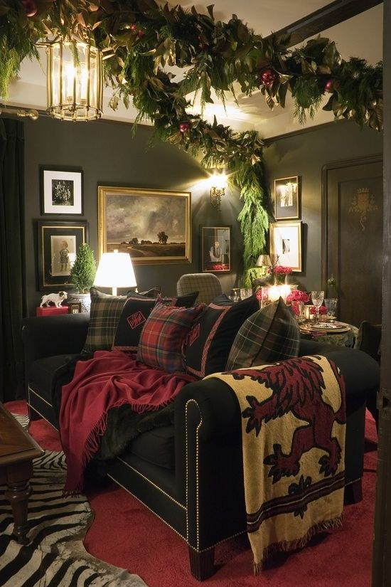Christmas Living Room Decorations dwellingdecor (21)