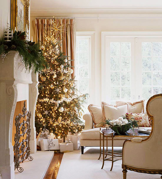 Christmas Living Room Decorations dwellingdecor (7)