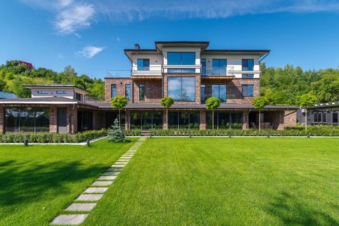 Contemporary Exterior Design (8)