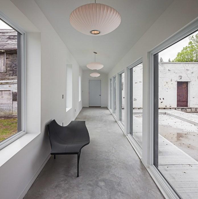 Modern Hallway Ligting Ideas