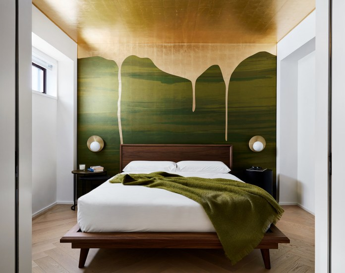 Contemporary Platform Bed (10)