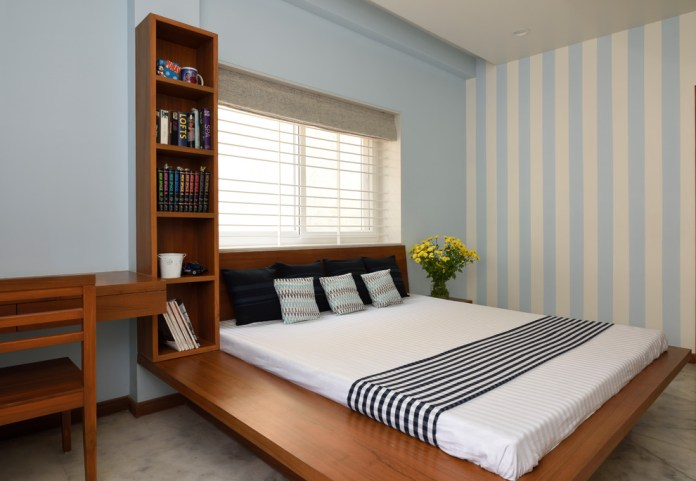 Contemporary Platform Bed (5)