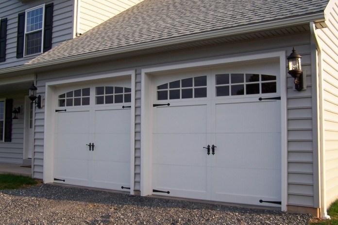 Garage Door Designs (17)