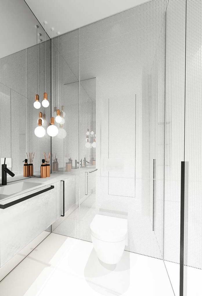 Mirror and lighting to give an infinite feeling inside the bathroom