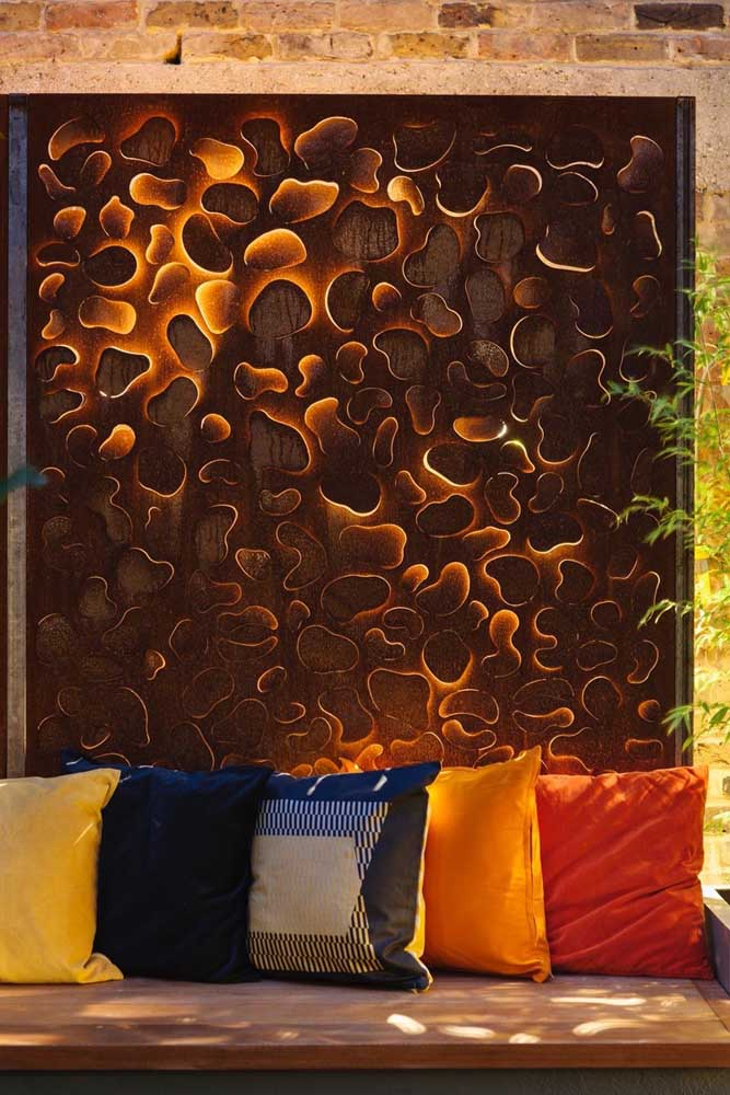30. Bet on decorative items made with corten steel.