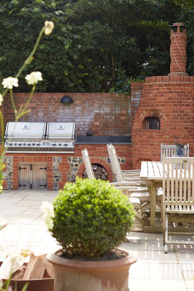 17. Bricks on all sides. A super traditional and cozy model of leisure area with barbecue.