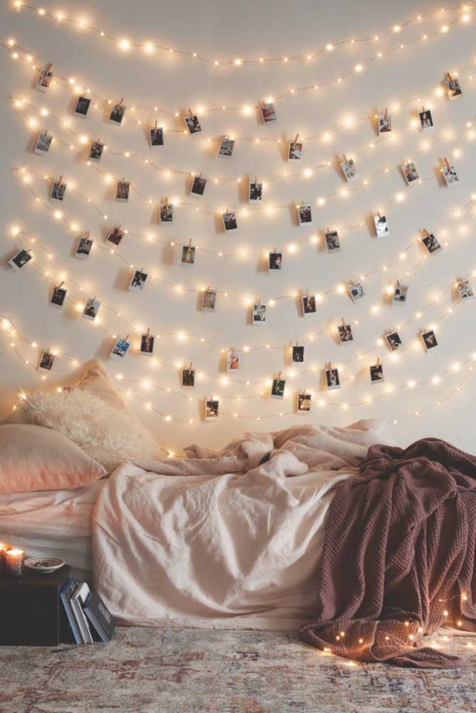 38. Have you ever thought about using lights on the photo panel It is a great option to light up the room and keep your best memories.