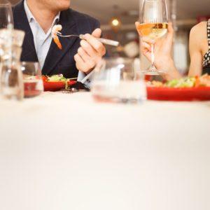 19567940 - couple having dinner in a restaurant