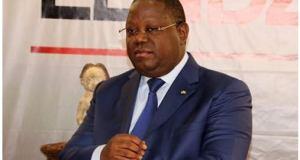 Le-Premier-ministre-gabonais-Emmanuel-Issoze-Ngondet.