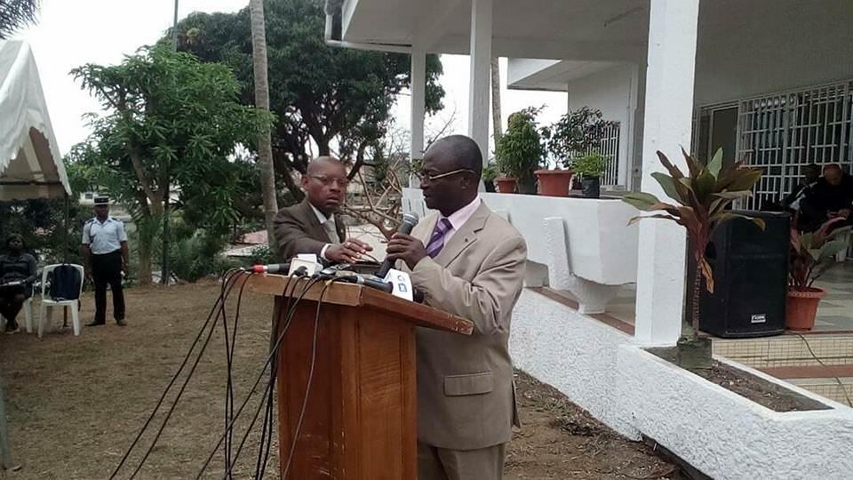 Ministre-d'Etat-ministre-de-la-famille-de-la-protection-sociale-et-de-la-solidarité-nationale-M.-Paul-BIYOGHE-MBA