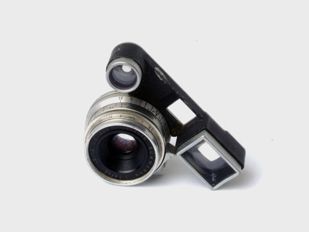 Leica M3, aquela que ainda vou restaurar - Lente Summaron 35mm com glasses