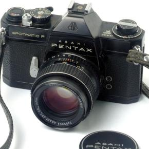 Pentax Spotmatic F, uma SLR parrudona