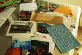 Pilha de cartas e fotos do lomotrade desde início dos anos 2000.