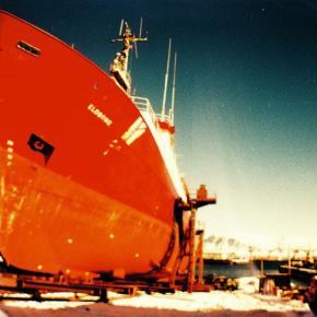 La Sardina, a lata de peixe para fotografia grande-angular - ship - DXFoto