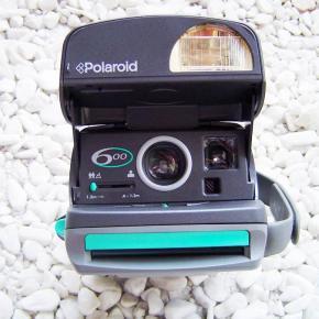 Polaroid 600, A Câmera