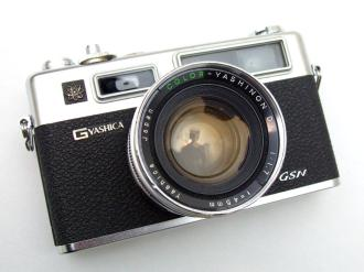 yashica-electro-35-09